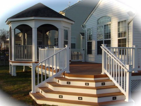 PORCHES & GAZEBOS